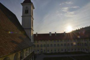 st. georgen stift innenhof